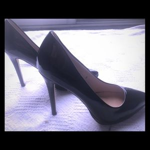 "Sergio Bari black leather paten 5"" heels, size 9"